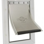 Pet Safe 640ml_freedom_door_lg_flap_raised_lrSmall