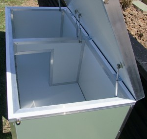Insulated Dual Kennel
